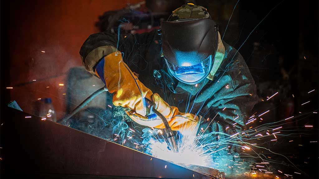 What is a welder's salary? | Onin Staffing